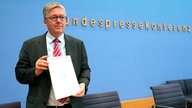 Vorstellung des 61. Jahresberichts des Wehrbeauftrages des Deutschen Bundestages Hans-Peter Bartels in der Bundespressekonferenz in Berlin am 28.01.2020.