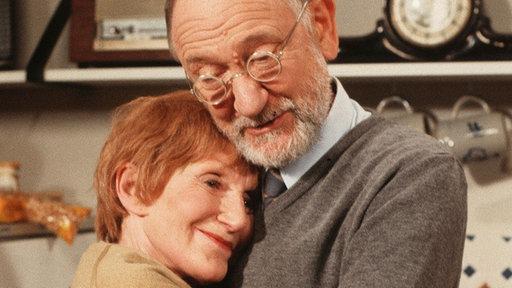 Folge 496 - Folgen 1995 - Folgen - Lindenstraße - Das Erste