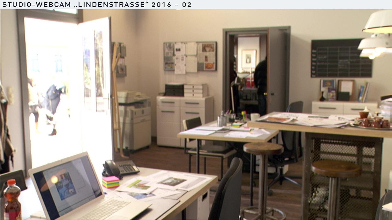 lindenstrasse wochenschau teil 2. Black Bedroom Furniture Sets. Home Design Ideas
