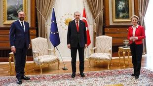 EU-Ratspräsident Charles Michel, der türkische Präsident Recep Tayyip Erdogan und EU-Kommissionspräsidentin Ursula von der Leyen in Ankara