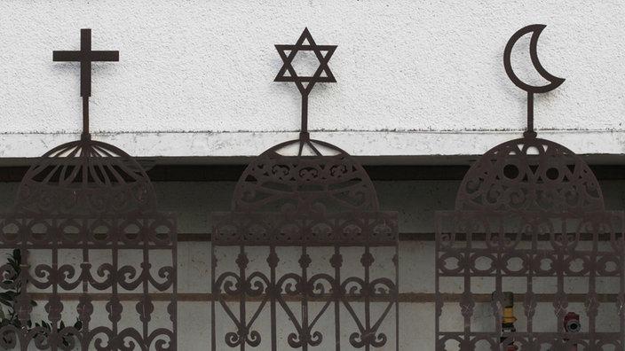 Kreuz, Judenstern, Halbmond,