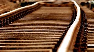 Eisenbahnschienen der Deutschen Bahn AG