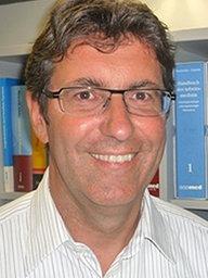 <b>Dr. Thomas Kraus</b> - envio154_v-WDRPortraitKlein
