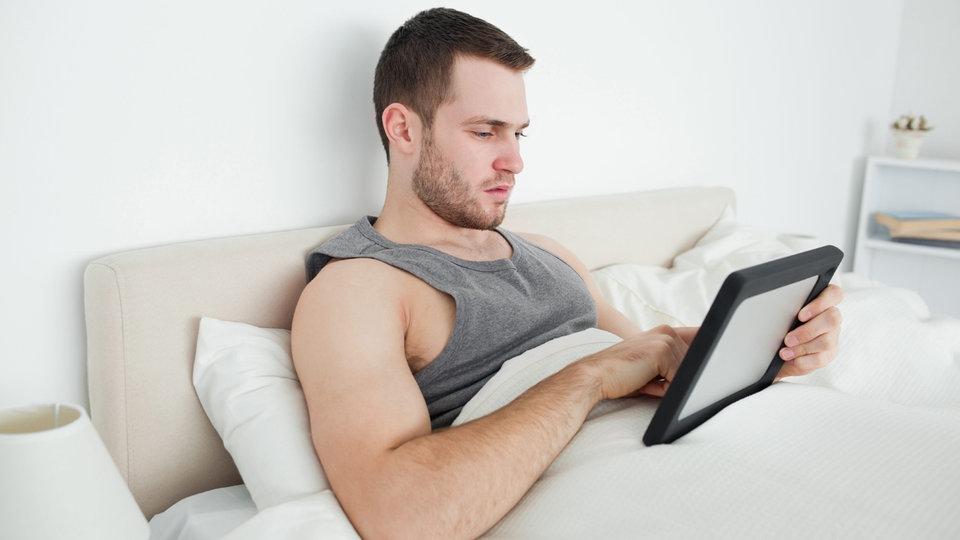 schlafen bei hitze so geht 39 s daheim unterwegs fernsehen wdr. Black Bedroom Furniture Sets. Home Design Ideas
