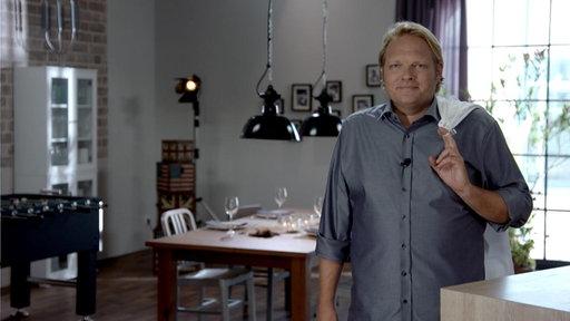 Björn Freitag in seiner Küche
