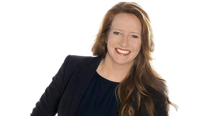 Janine Breuer-Kolo , Moderation - Standorte - Unternehmen
