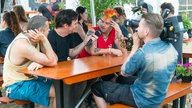 NOFX im Interview beim Highfield Festival 2016