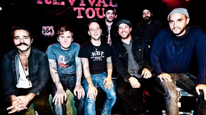 Bandfoto von The Revival Tour