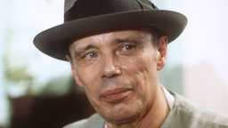 Joseph Beuys mit Hut