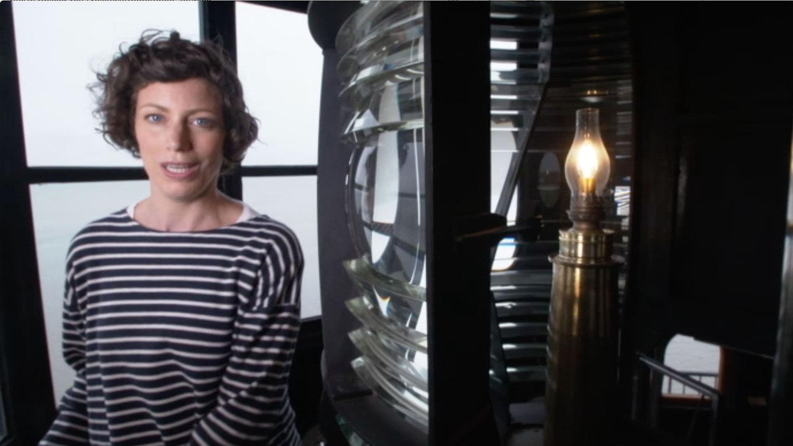 video leuchtturm t r ffner tag kinder. Black Bedroom Furniture Sets. Home Design Ideas