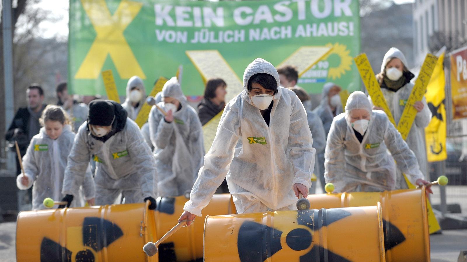 Anti atom protest100~ v gseagaleriexl