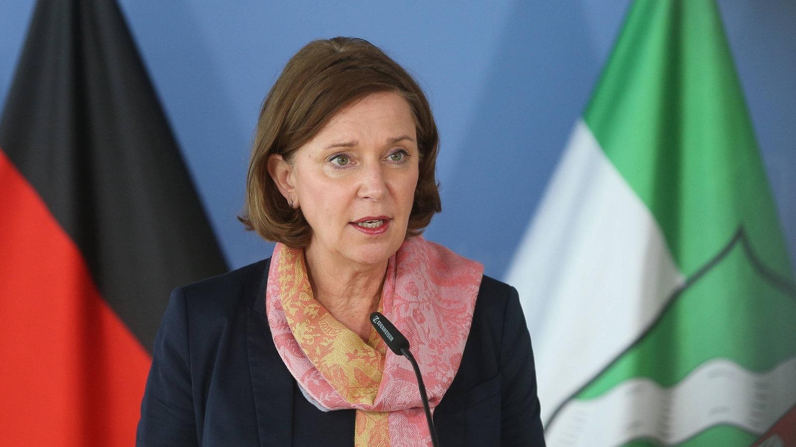 Schulen in NRW: Ab nächste Woche Wechselunterricht für alle