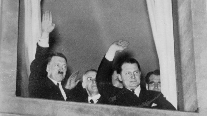 Citaten Hitler Xl : Quot als der schnäuzer an die macht kam archiv wdr