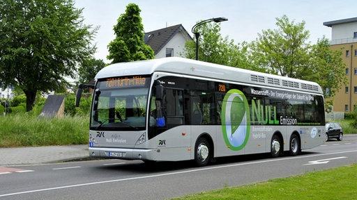 HürtH stellt auf Wasserstoff Busse um