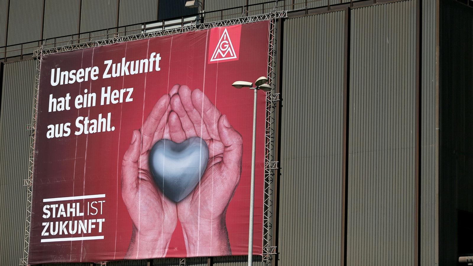 http://www1.wdr.de/nachrichten/stahl-aktionstag-ig-metall-104~_v-gseagaleriexl.jpg
