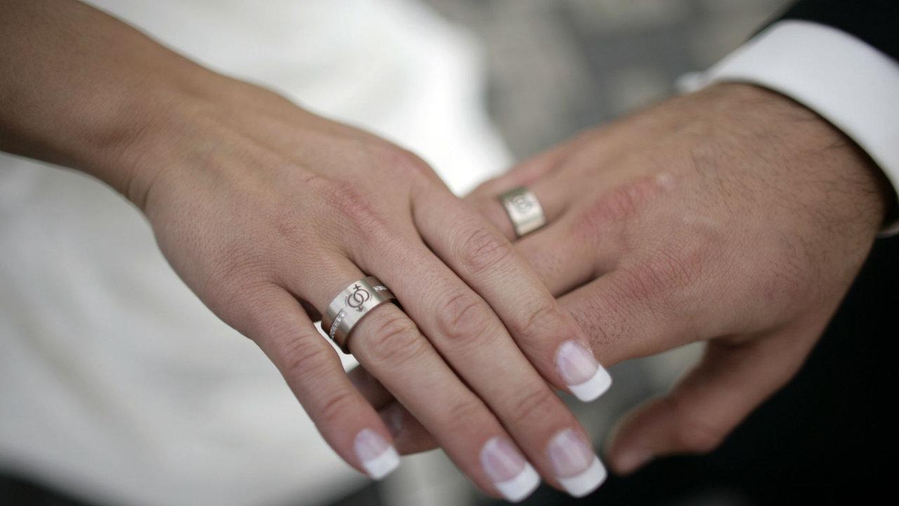 Frauen suchen deutschen mann zum heiraten