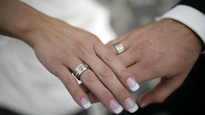 Frauen suchen deutschen mann heiraten