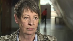 Bundesumweltministerin Barbara Hendricks (SPD) im Westpol-Interview 08.01.2016