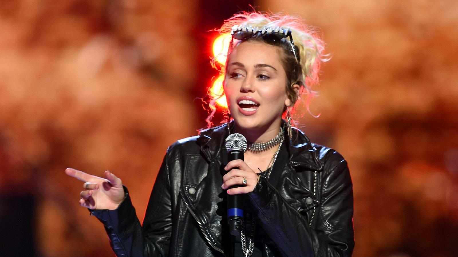 Miley Cyrus durchgesickert Nacktfotos