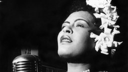 Billie Holiday am Mikrofon