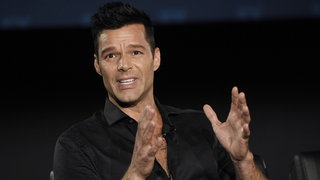 "Ricky Martin in einer Diskussionsrunde zum Film ""The Assassination of Gianni Versace: American Crime Story"""