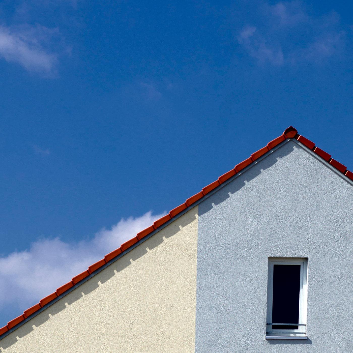 Fremder Schatten - Wer ist der merkwürdige Nachbar?