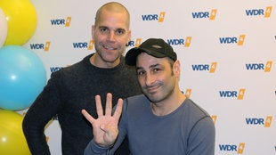 Im WDR 4-Studio: Volkan Baydar und Vince Bahrdt vom Pop-Duo Orange Blue