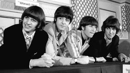 New York, 22.08.1966. The rock group 'The Beatles' is shown at a press conference that they held at the Warwick Hotel.