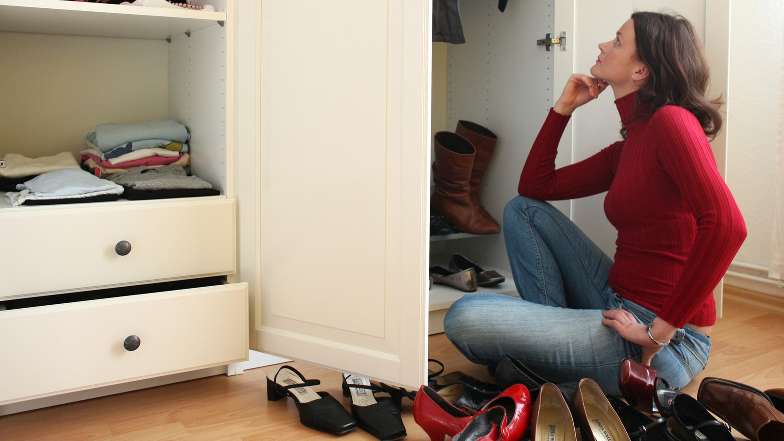 wdr 4 mittendrin ausmisten leicht gemacht gesundheit verbraucher wdr. Black Bedroom Furniture Sets. Home Design Ideas