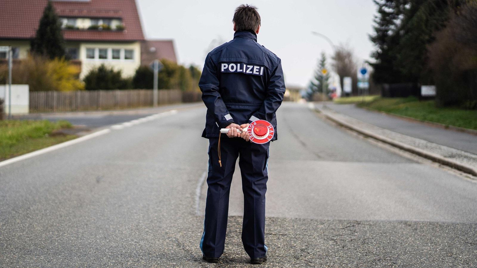 Bewegungsfreiheit eingeschränkt: Das gilt jetzt in vier NRW-Kreisen