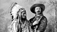 Chief Sitting Bull mit Buffalo Bill, 1886