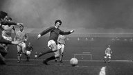 George Best für Manchester United in Spielaktion (1968)