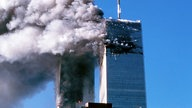 Brennende Türme des World Trade Centers am 9. September 2001 in New York