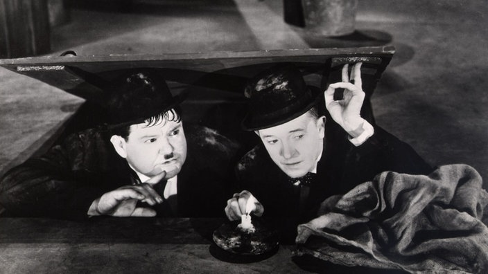 Stan Laurel und Oliver Hardy in Way Out West, USA 1937