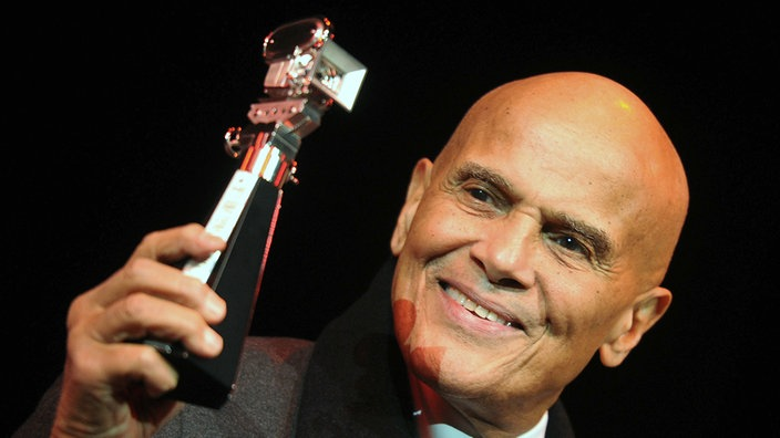 Harry Belafonte mit dem Berlinale Berlinale Camera Award 2011