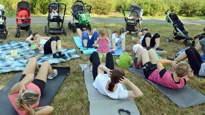 Outdoor-Fitnessprogramm für Mütter