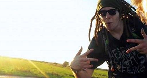 Internetseite ungefilmt von Youtuber Simon Unge [screenshot]