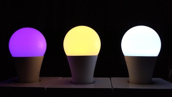 Drei Bunte LED Lampen