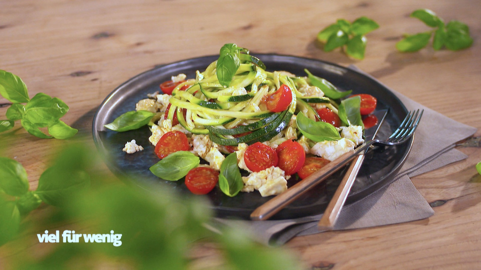 Zucchini-Spaghetti mit Cherrytomaten - Rezepte - Rezepte ...