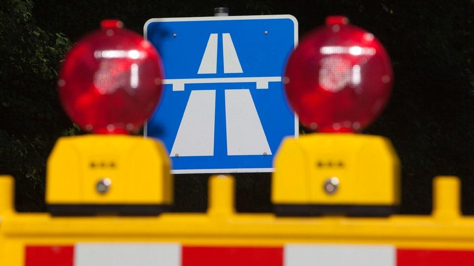 Autobahntunnel nach schwertransporter irrfahrt wieder frei for Lampen ratingen
