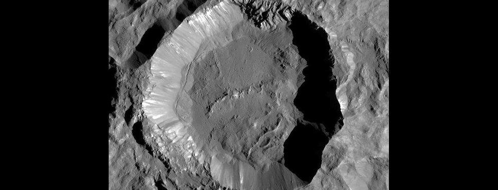 Der Ceres-Krater Kupalo, aufgenommen von der Raumsonde Dawn im Dezember 2015