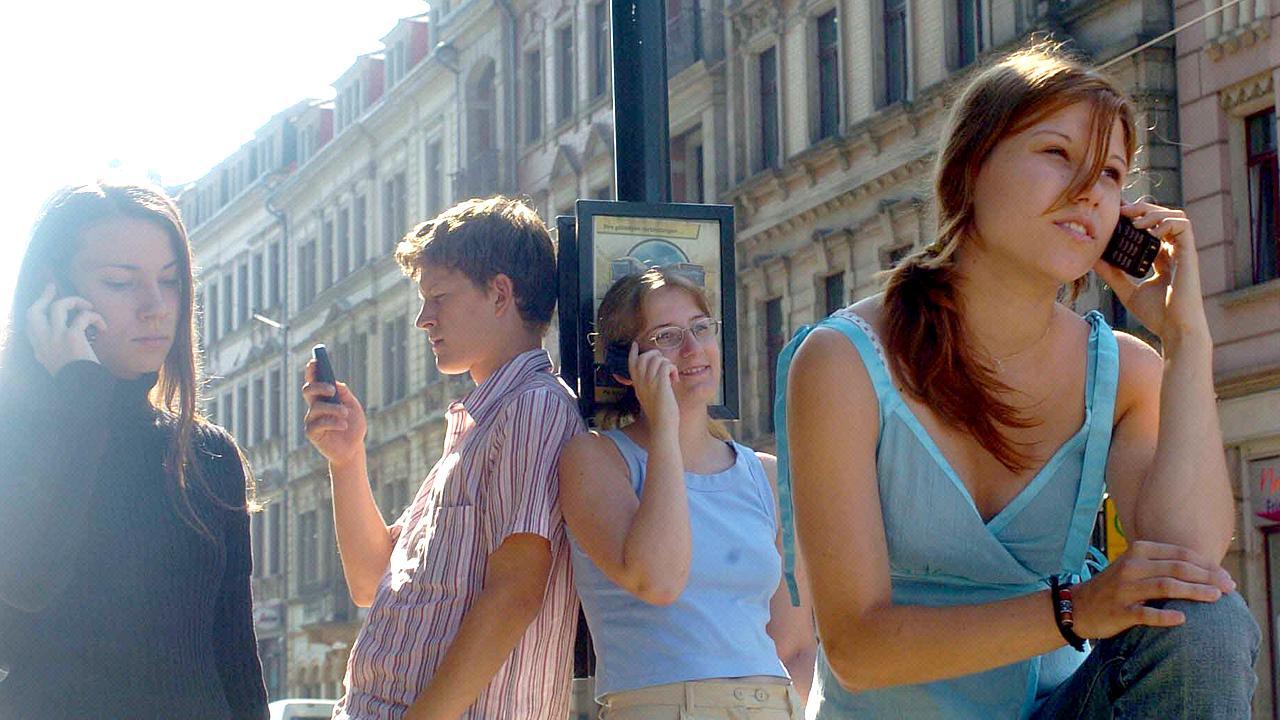 Die Bedeutung des Handys für Jugendliche und junge Erwachsene wächst ständig