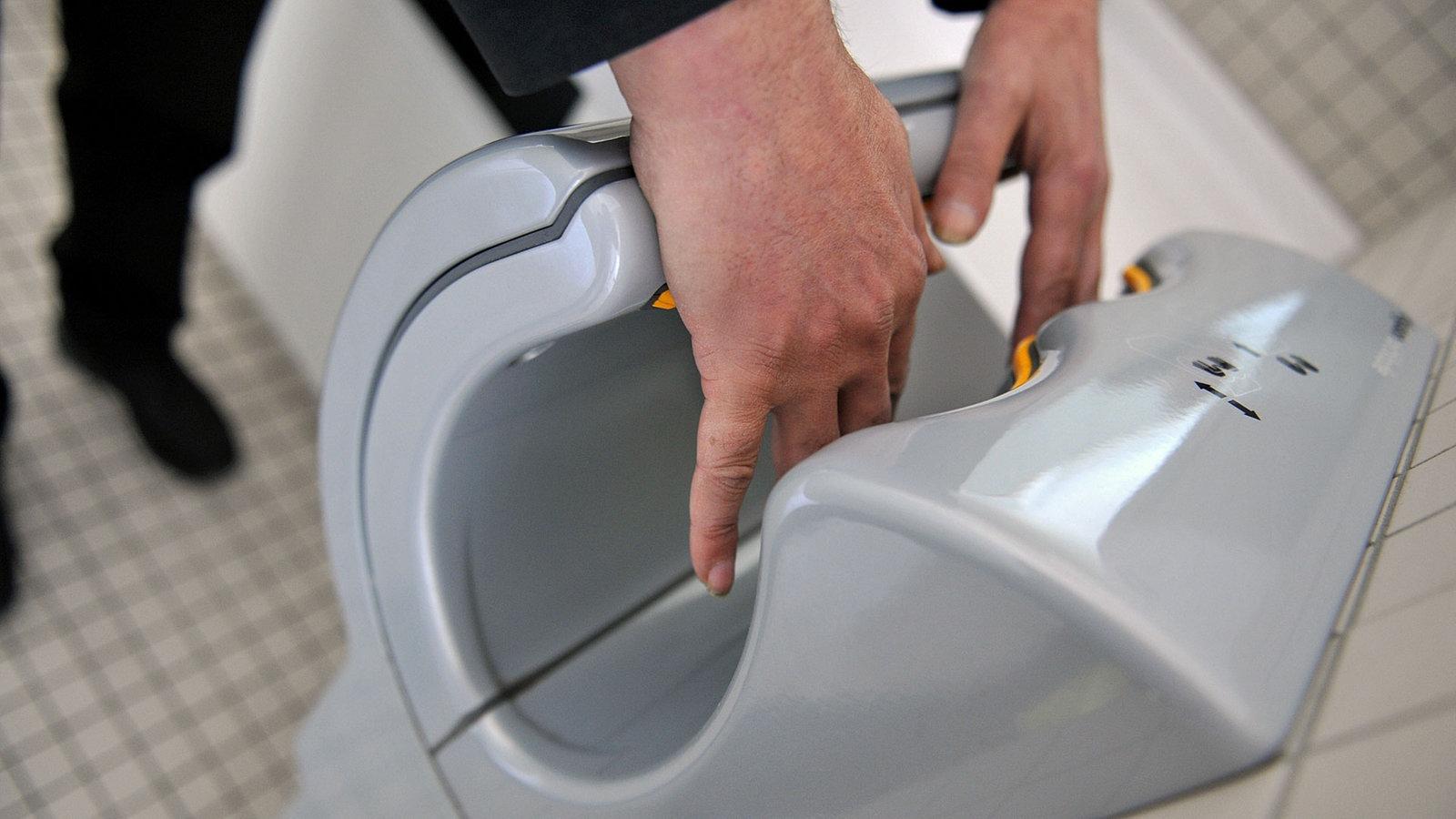 Händetrockner Unhygienisch